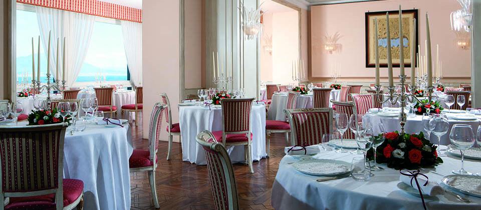 ristorante_belvedere_sorrento_foto_matrimonio_sala_allestita
